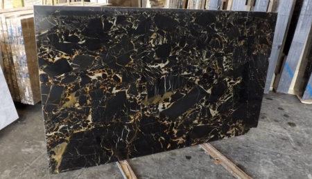 Đá marble đen portoro
