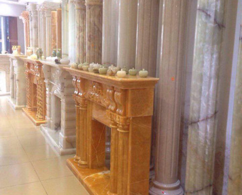 cột đá cẩm thạch